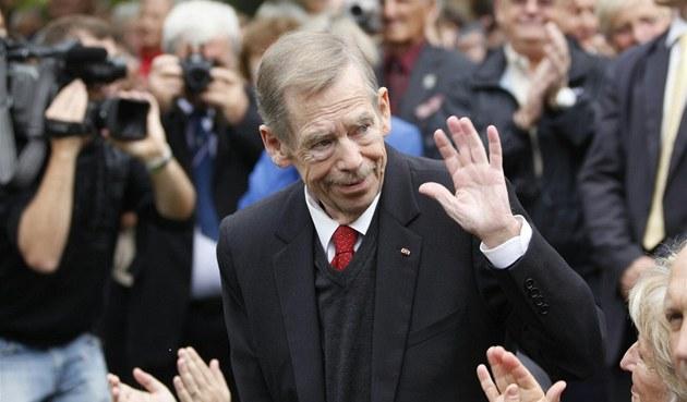 Václav Havel b�hem slavnostního odhalení sochy amerického prezidenta Woodrowa