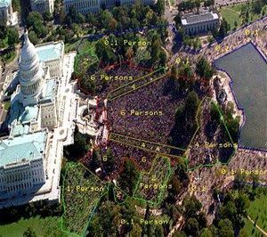 Satelitní snímek inaugurace Baracka Obamy. Způsob rozdělení na jednotlivé