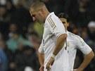 B�L� VLAJKY. Fotbalist� Realu Madrid Kak� a Karim Benzema smutn�, na Barcelonu