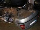 Tragická nehoda u Roudnice na Hradecku. Kamion s nákladem BMW po srážce zalehl