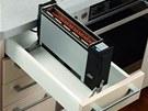 Do zásuvky široké nejméně 30 cm a opatřené tepelně izolačním krytem lze