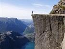 Unikátní skalní vyhlídka Preikestolen v Norsku
