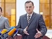 Premiér Petr Nečas hovoří o půjčce ve výši 89 miliard korun na záchranu