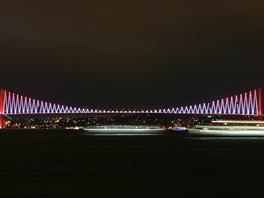 Most p�es Bosporskou �inu