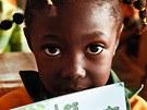 Omalovánky mají africké děti vést kochraně přírody a zejména goril. Vznikly
