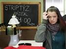 V jedné z hlavních rolí filmu Poupata hraje herečka Marika Šoposká.