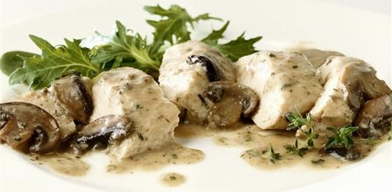 Poznáte, jestli si v hospodě nebo v jídelně dáváte čerstvou houbovku nebo z