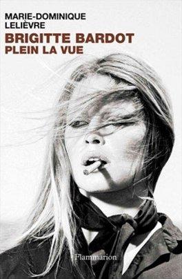 Biografie herečky Brigitte Bardotové (obal knihy)