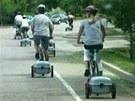 Takhle by mohly vypadat cyklistické výlety s ridekickem za zády.