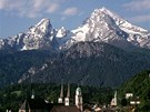 Pohled na Berchtesgaden, v pozadí Watzmann