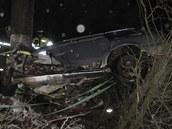 Pravděpodobně první tragická nehoda roku 2012. Řidič za volantem audi náraz do
