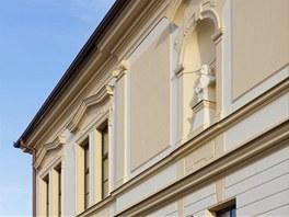 Veškeré detaily na fasádě byly pečlivě opraveny.