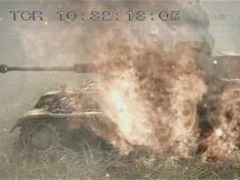 Po bitvě zůstaly na bojišti stovky německých hořících tanků.
