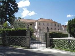 Americká zlatíčka. Douglas Fairbanks a Mary Pickfordová osídlili Beverly Hills