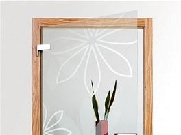 Lehký dekor můžete použít i na průhledné sklo, a tak ho ozvláštnit.