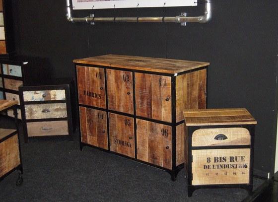 Nábytek z použitého dřeva - z nabídky firmy H & F Millésime