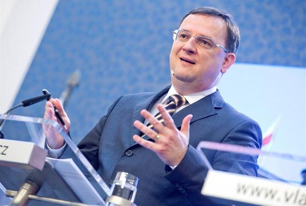 Petr Ne�as (ODS) b�hem tiskové konference po jednání vlády, která odsouhlasila