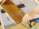 Model Master cut 1000 má vestavěnou elektrickou zásuvku připojení okružní nebo