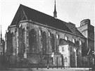 Kostel svatého Mořice na snímku z roku 1889.