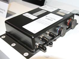 Takhle vypadá palubní router od Panasonicu.