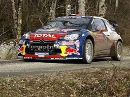 S�bastien Loeb na trati Rallye Monte Carlo.