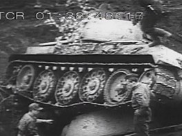 Propletené trosky tanků