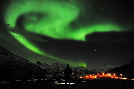 Polární záře z 24. ledna nad Tromso na severu Norska