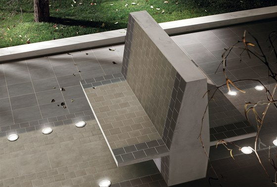 Venkovní keramická dlažba Home Design od firmy Cercom.