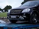 Novozélandská policie odváží zabavená auta Kima Schmitze. Zakladatel serveru,