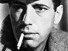 Spolu se svou ženou Lauren Bacallovou a Frankem Sinatrou založil klub Rat Pack.