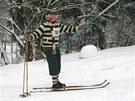 Závod na jasankách v Olešnici v Orlických horách (21. ledna 2012)