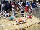 Závody prasátek se pořádají především kvůli dětem, ale atmosférou se nechají