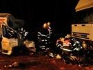 Při tragické nehodě na Mohelnickém kopci narazila dodávka do protijedoucího