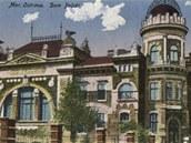 Kolorovan� Polsk� d�m na historick� pohlednici.