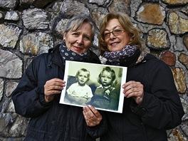 Helena Třeštíková (vlevo) s hrdinkou dokumentu Soukromý vesmír