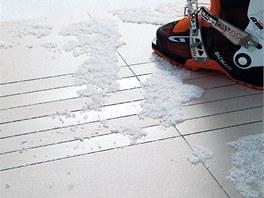 Podlahová série Unistone, glazované slinuté dlaždice s probarveným střepem 60 x