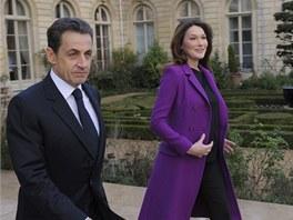 Nicolas Sarkozy a jeho man�elka Carla (Pa��, 26. ledna 2012)