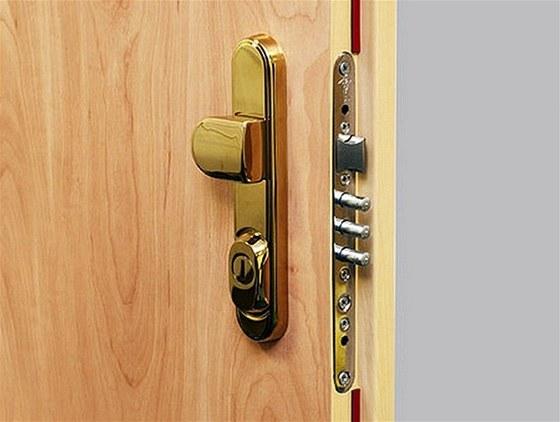 Dveře od firmy GOLEM bezpečně ochrání váš domov a majetek2