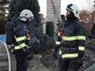 Rozsáhlý požár způsobil na chatě v hradecké osadě Parlament škodu milion a půl.