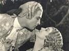 Jeden z největších filmových milovníků všech dob Rudolph Valentino. Po jeho