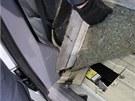 Olomou�t� celn�ci odhalili z�silku pa�ovan�ch cigaret, ve voze jich bylo
