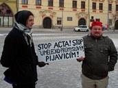 Na jihlavském náměstí se v sobotu na protest proti dohodě ACTA sešla asi stovka