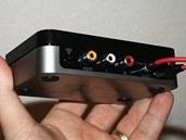 Jeden z přijímačů bezdrátového audia od HP