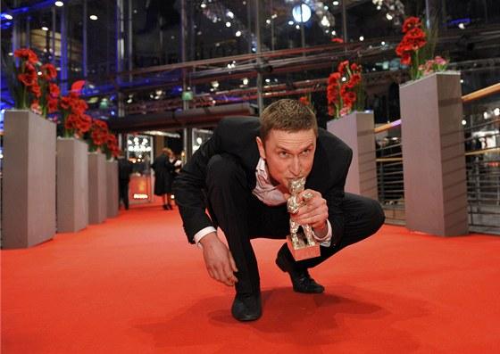 Mikkel Boe Foelsgaard, kter� dostal St��brn�ho medv�da za nejlep�� mu�skou roli...