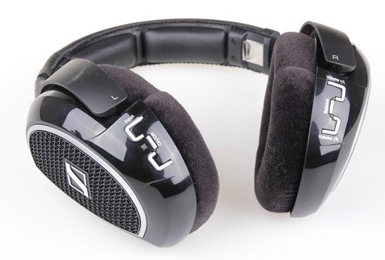 Sennheiser RS220 - ovládací prvky na sluchátkách