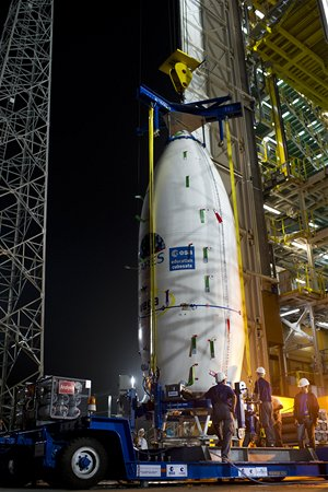 Horní část rakety (AVUM) obsahující satelit LARES, ALMASat-1 a sedm