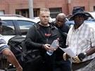 Radovan Krejčíř přichází k soudu v jihoafrické Pretorii. (13. 2. 2012)