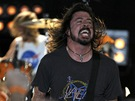 Grammy 2012 - Foo Fighters p�i vystoupen� p�ed arenou Staples Center (Los