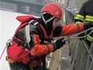 Výcvik se uskutečnil na Orlickém nábřeží v Hradci Králové, kde je zamrzlá...