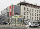 Nákupní centrum Grand, kdysi stejnojmenný hotel v Pardubicích, únor 2012